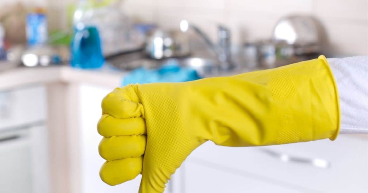 9 cheap products you really need if you have to clean house